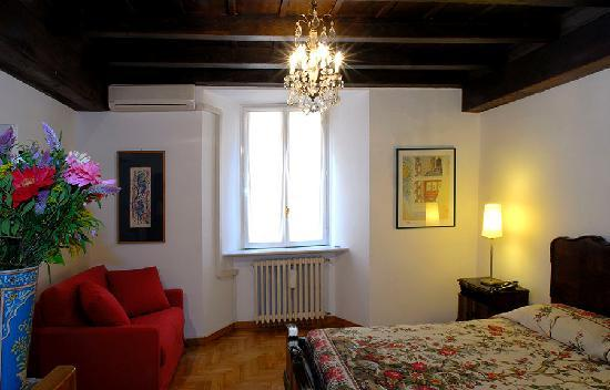 Rome Accommodation Governo Vecchio: Living room