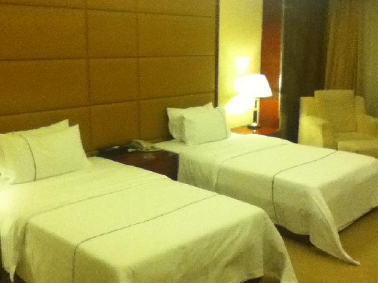 Wahtong Cheng Hotel: the beds