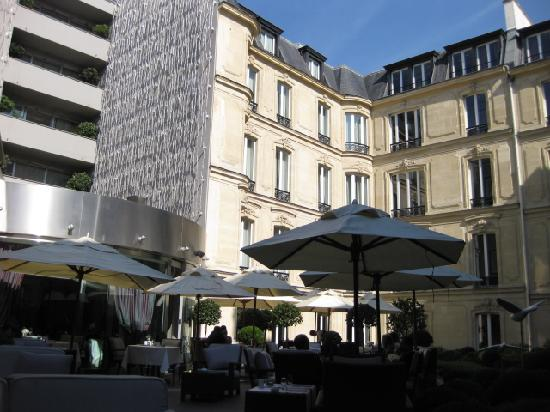 Terrasse picture of hotel barriere le fouquet 39 s paris for Hotels barriere