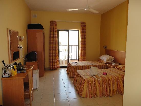 Euroclub Hotel : Fourth floor room