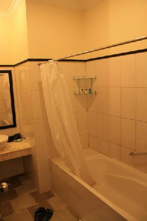 โรงแรมบลูพอยท์เบย์ วิลล่าส์ แอนด์ สปา: buth