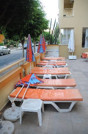 Gunes Suntime Hotel: Pool area