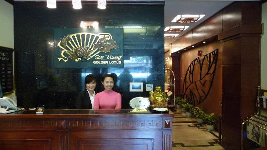 Golden Lotus Hotel: Reception
