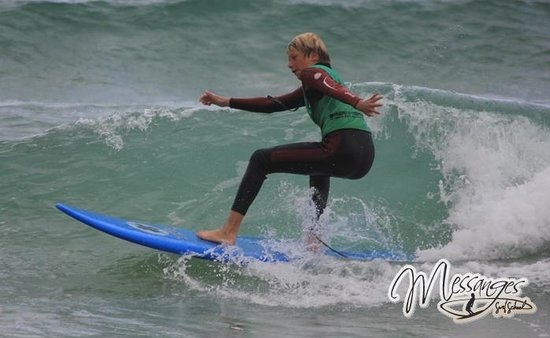 Messanges surf school