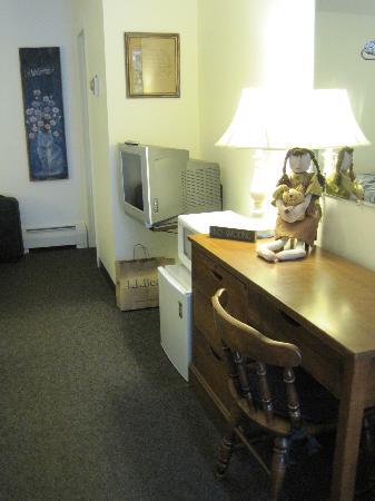 Colony Motel : Room 4
