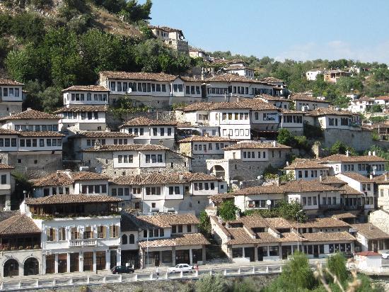 Castle Park: la città museo di Berat