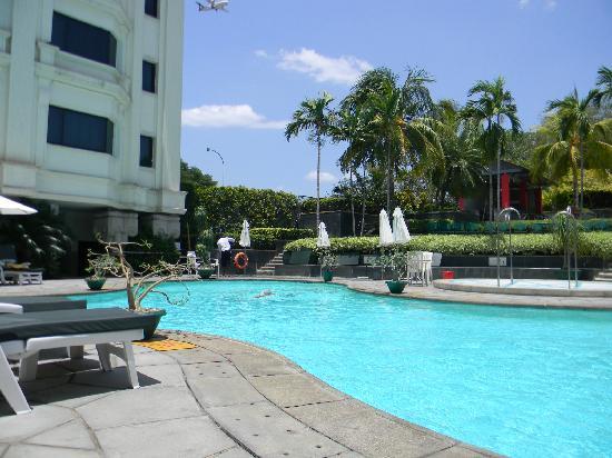 Swimming Pool Picture Of Le Royal Meridien Chennai Chennai Madras Tripadvisor