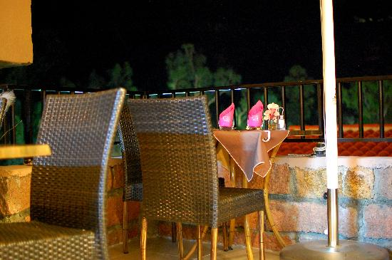 Restaurant Brise de mer : i tavoli all'esterno