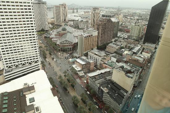 New Orleans Marriott: View of Canal Street from the 40th floor