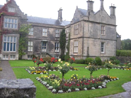 Friars Glen: Muckross House and Gardens nearby