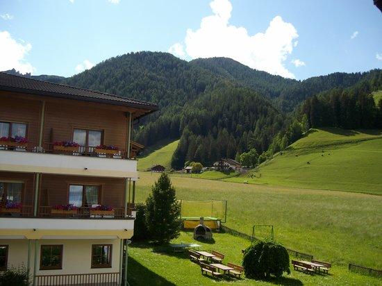 Hotel Pragserhof: ALTRA VEDUTA