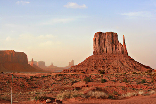 Majestic Monument Valley Touring Co.: The mitten