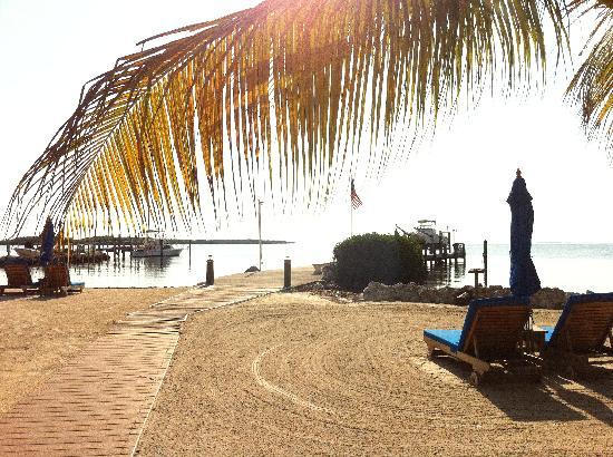 Island Bay Resort : Private Beach