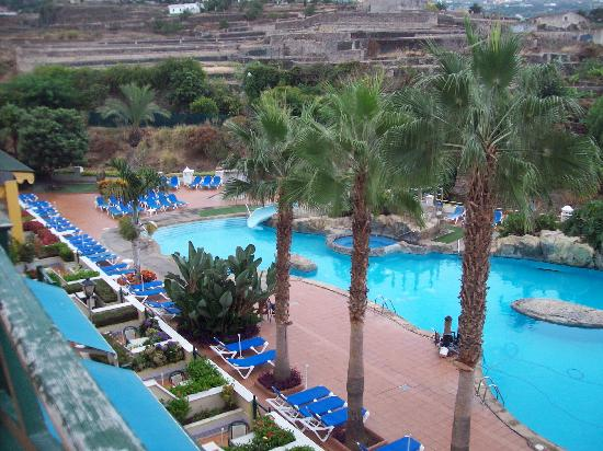 diverhotel Tenerife Spa & Garden: Vista desde la habitación primera planta