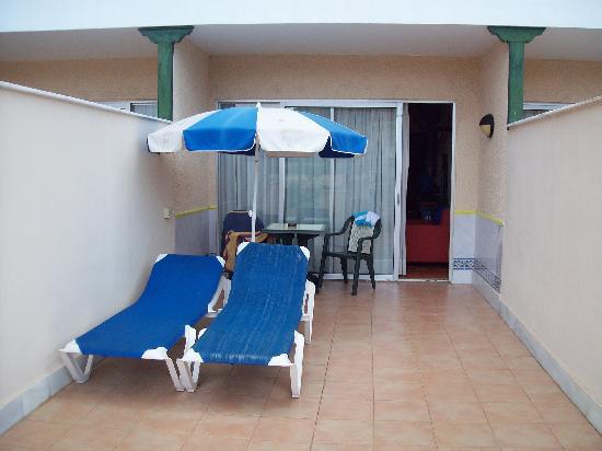 diverhotel Tenerife Spa & Garden : Terraza de la habitación