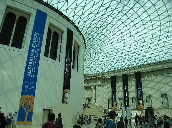British Museum Foyer : Great hall picture of british museum london tripadvisor