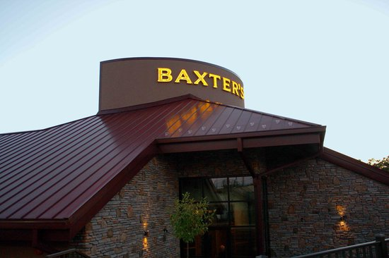 Baxter's Lakeside Grille: front entrance