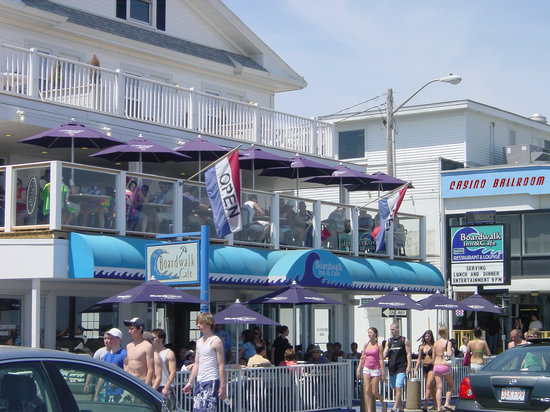Boardwalk Inn & Cafe