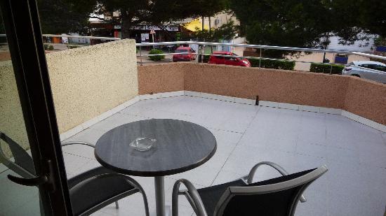 THB Guya Playa: balcony of studio at back of hotel, over loooking street