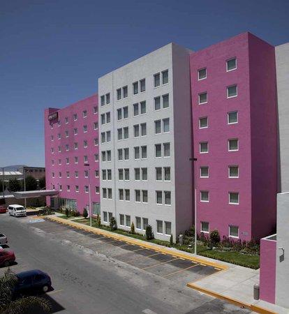 City Express Suites Toluca: CITY SUITES TOLUCA