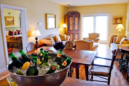 Vintage Villas Hotel: Austin Suite