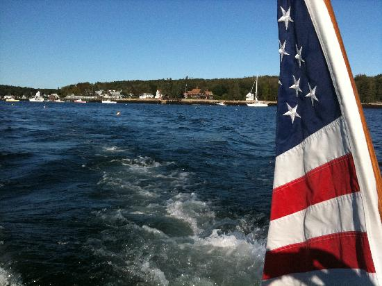 Spruce Point Inn Resort and Spa: Boat Launch from Boothbay Harbor