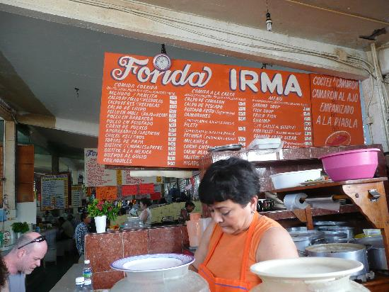 Playa la Ropa: Great rellenos at the mercado downtown