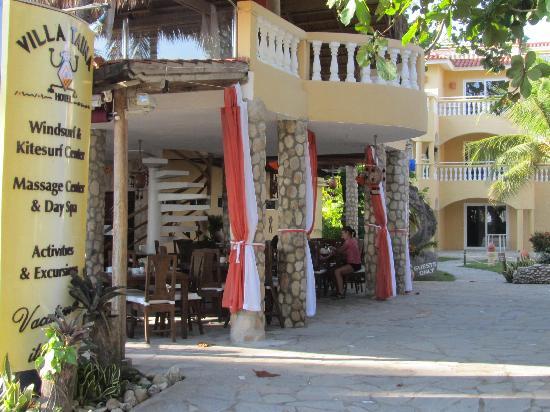 فندق فيلا تاينا: Restaurant