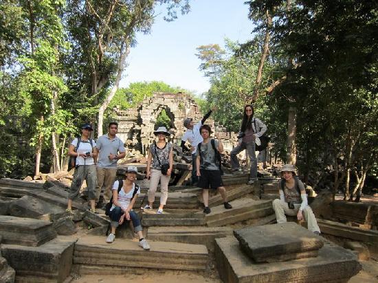 Nicky Angkor Day Tours : Nov 2010 - Siem Reap