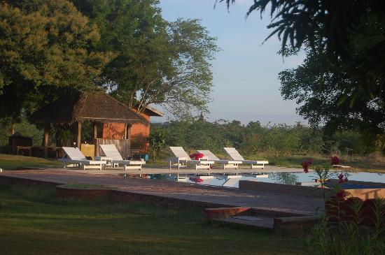 Kumudara Hotel: vista dalla veranda