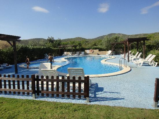 Montemar Natura Resort : la piscina