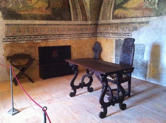 Arredamento originale dei locali foto di castello for Arredamento originale