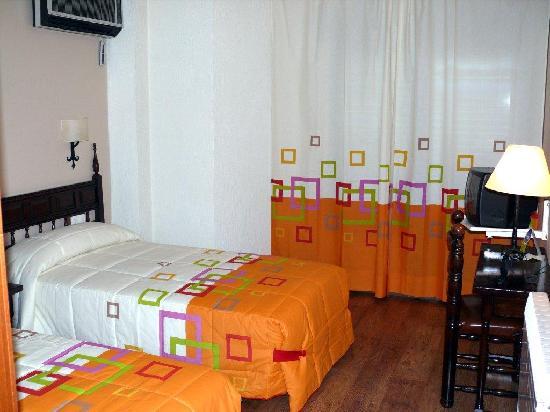 Las Galias Hotel Restaurante : habitación Las Galias