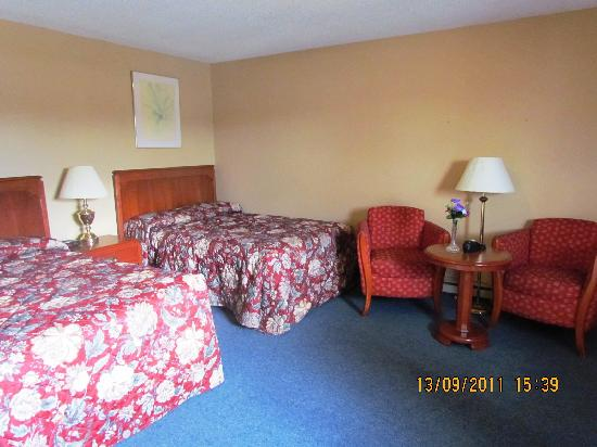 Ignace, Canada: room at  the trading post motel