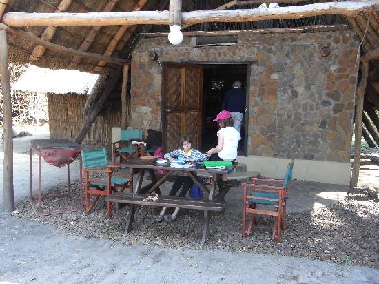 Kubu Cabins: Outside the Family room