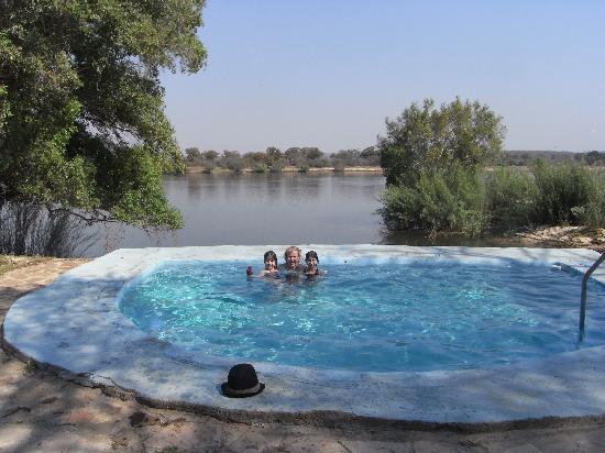 Kubu Cabins: The pool