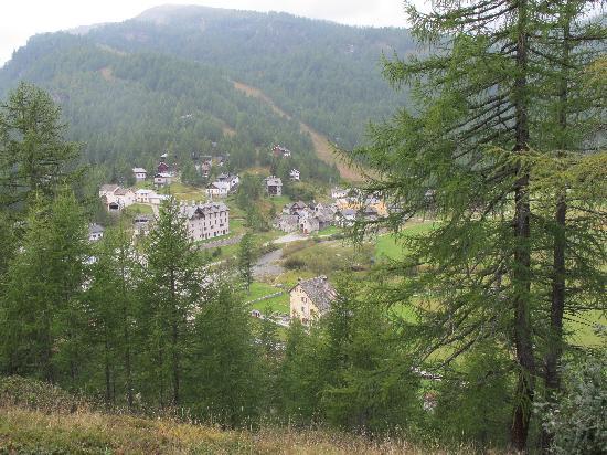 Baceno, Italia: SCORCIO DELL'ALPE VISTO DA CASA FONTANA