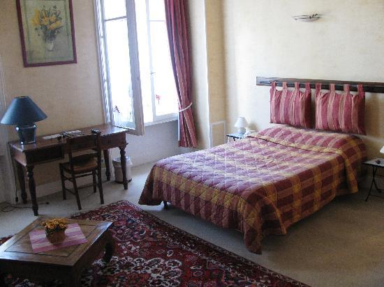 Hotel de Paris: Our Bedroom 1