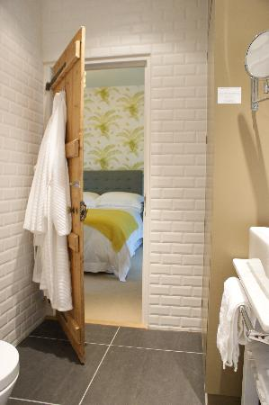 The Charton Boutique Bed & Breakfast: View from ensuite