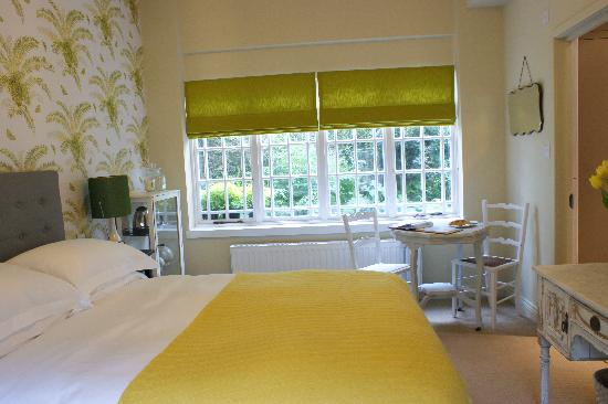 The Charton Boutique Bed & Breakfast: Th Garen room-view 2!
