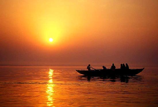 The Gateway Hotel Ganges Varanasi: Dawn on Ganges