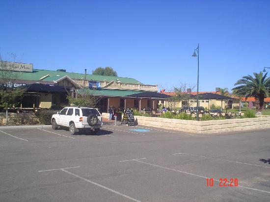 really  picture of dongara hotel motel  dongara