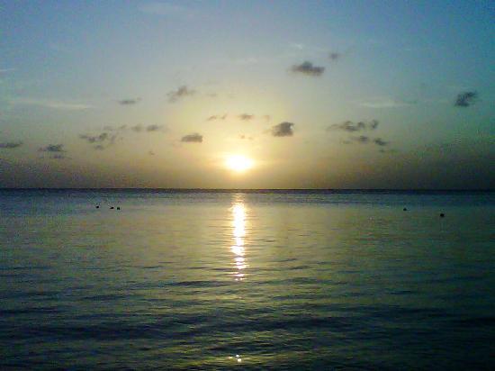 Sundowner's Beach Bar Tours: Sunset