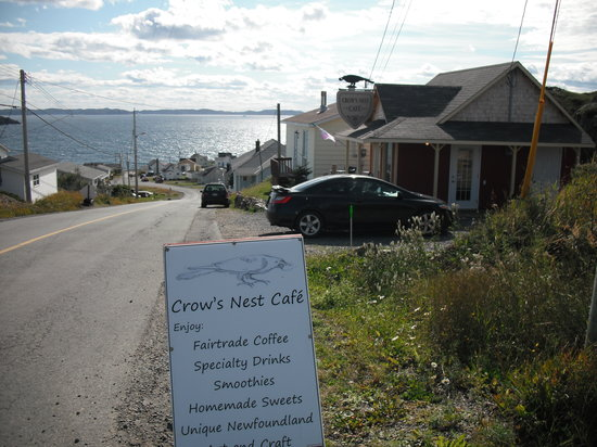 Crow's Nest Cafe: Check out the menu and view.
