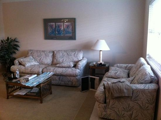Sanibel Arms Condominiums: Spacious Living Room (D6)