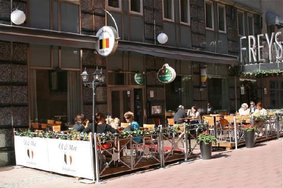 Freys Hotel: Belgian beer bar/pub at Freys