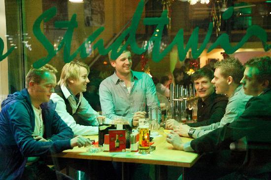 Restaurant & Bar Stadtwirt: Stadtwirt- Bar