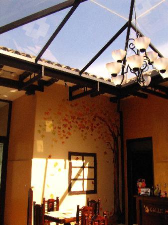 Calle Angosta: restaurant