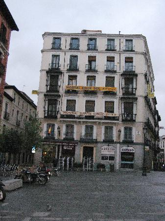 Hostal Cruz Sol: There are two hotels in the building