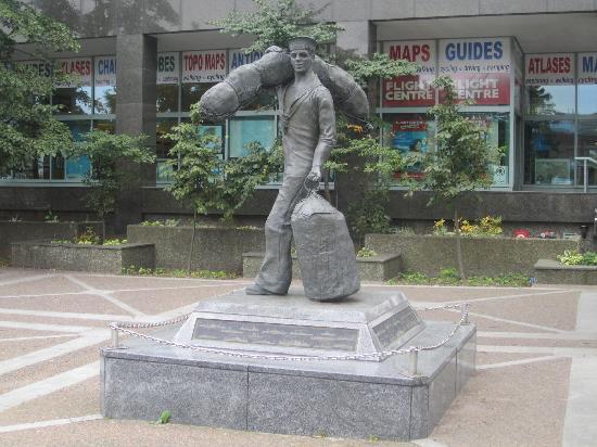 Maritime Museum of the Atlantic: Merchant seaman statue